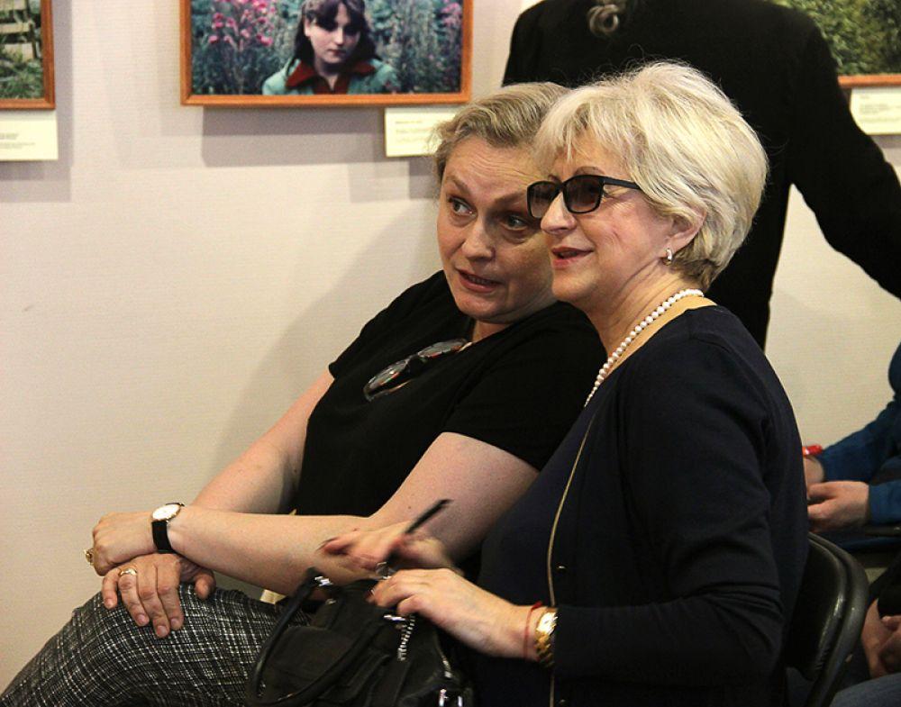 Фотографии были предоставлены Музеем-галереей Евгения Евтушенко в Переделкино