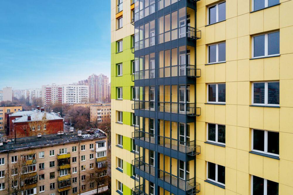 В каждой квартире предусмотрено наличие балкона или лоджии.