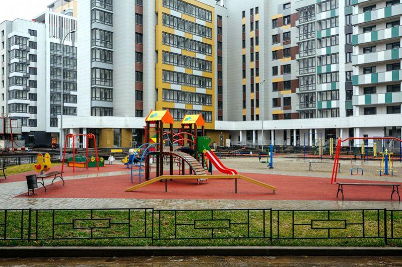 Во дворах и на территории вокруг домов будут созданы парки, детские и спортивные площадки.