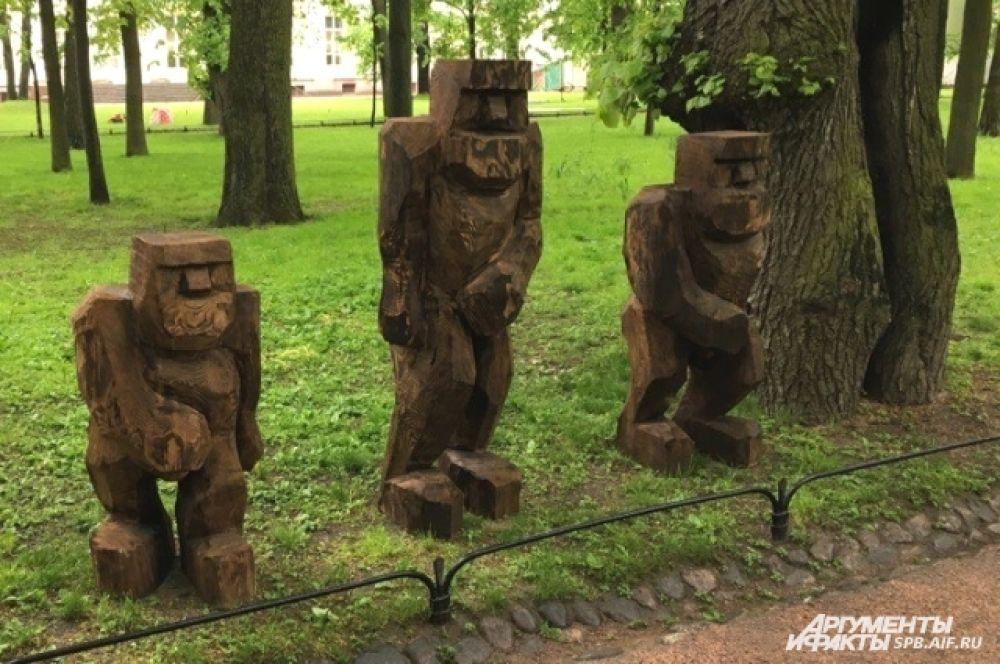 Экспозиция будет находиться в Михайловском саду до 18 июня.