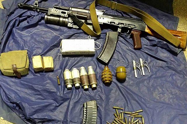 ВСамаре обидчик, который сохранял огнемет, автоматы игранатометы, схвачен