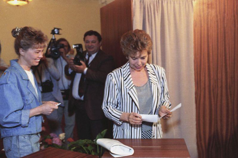 Супруга Михаила Сергеевича Раиса Максимовна Горбачёва и их дочь Ирина.