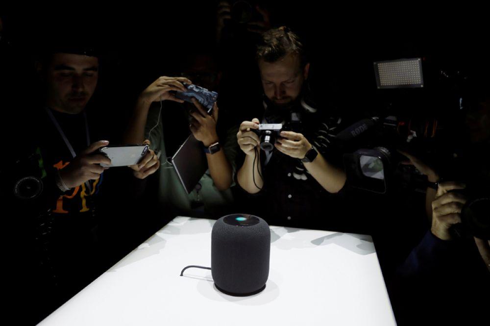 5 июня. Компания Apple презентовала новую «умную» колонку Apple HomePod.