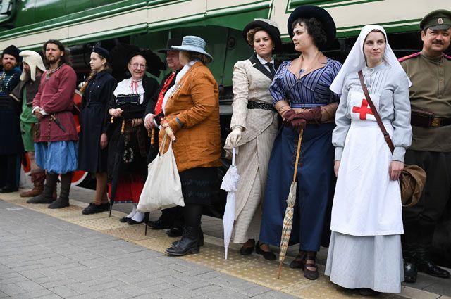 Организаторы фестиваля наТверской призвали непревращать праздник вполитическую акцию