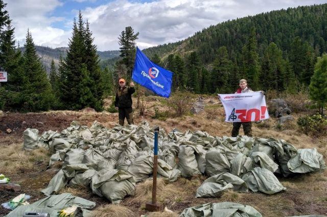 В Тазовском районе на очистку свалки мусора уйдет 10 лет.