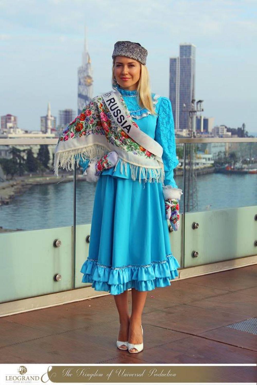 В номинации «Миссис» также приняла участие и заняла первое место известная ростовская общественная деятельница и модель Ирина Даньшина (Загоруйко), получив победный титул «Photo model Universal 2017».