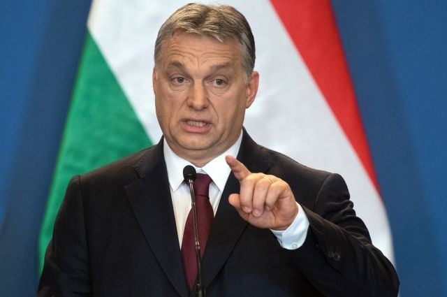 Премьер-министр Венгрии обвинил Брюссель впособничестве террористам