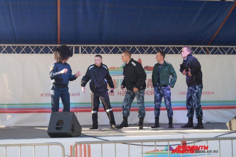 """Команда КВН ФСИН """"добро пожаловать"""" стала победителем кубка юмора."""