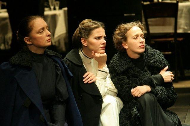 В Оренбуржье из Санкт-Петербурга едет спектакль «Три сестры»