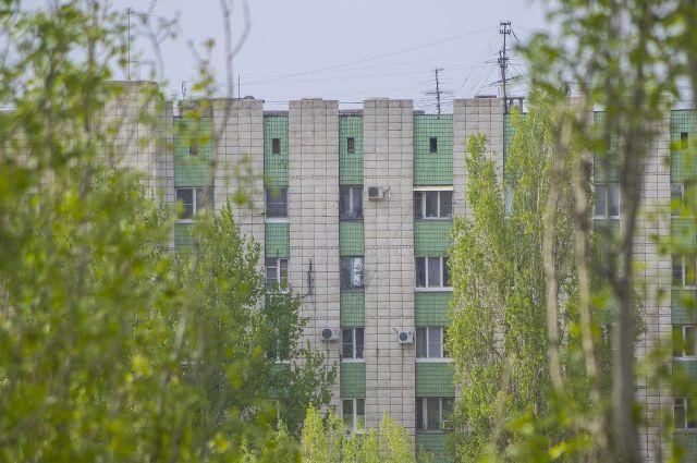 Насевере Волгограда вквартире рухнул потолок, когда хозяин покинул комнату