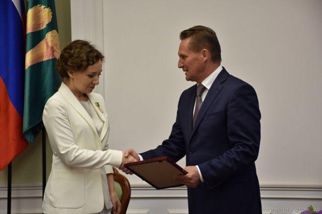Анна Кузнецова отметила, что ей приятно бывать на малой родине.