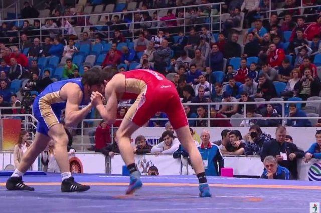 Анзор Хизриев стал обладателем золотой медали чемпионата Российской Федерации