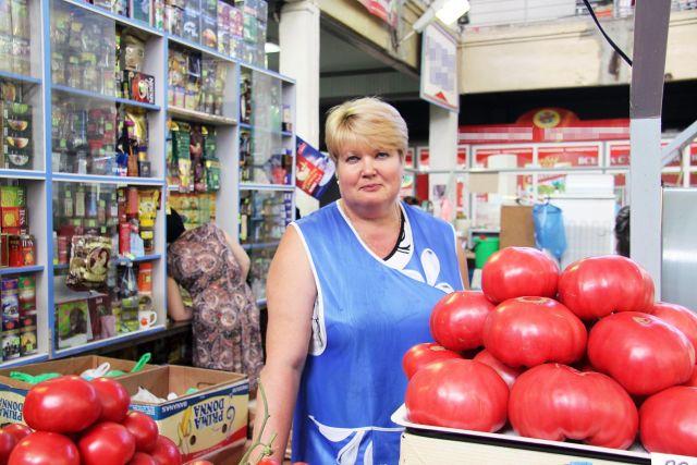 Есть хорошая новость: огурцы и помидоры точно будут дешеветь.