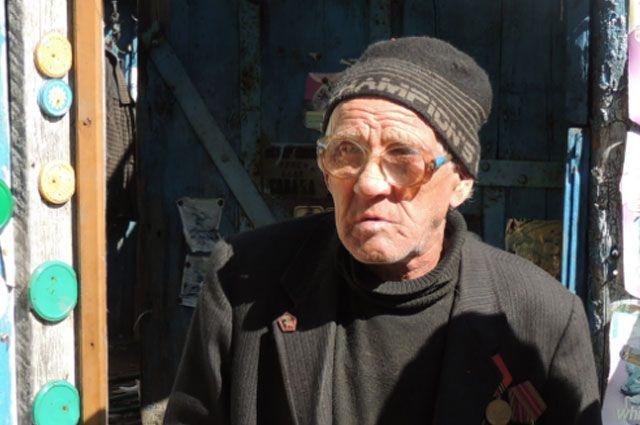 Валентин Иванович недавно отметил 90-летие.