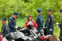 За 2 часа было собрано около 3 тонн мусора.