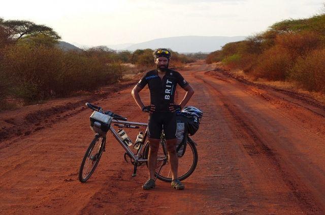 Огромное путешествие. англичанин побывал вДагестане врамках велотура
