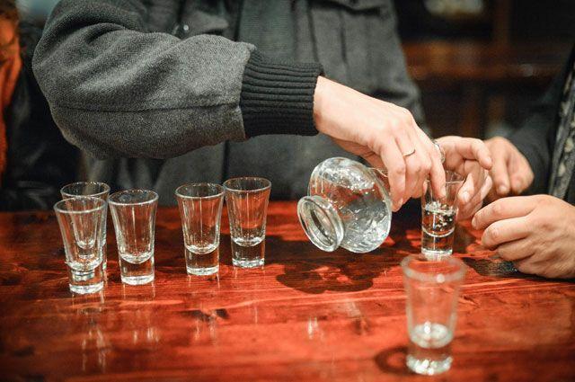 Пьянству - бой! » Почему «зелёный змий» не сдаёт позиции в России, Люди, Общество, Аргументы и Факты