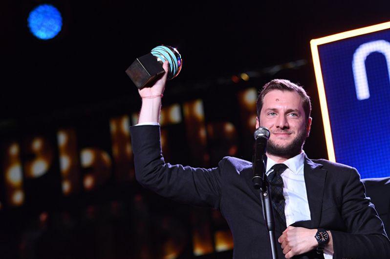 Режиссёр Резо Гигинеишвили, получивший приз в номинации «За лучшую режиссуру» за фильм «Заложники».
