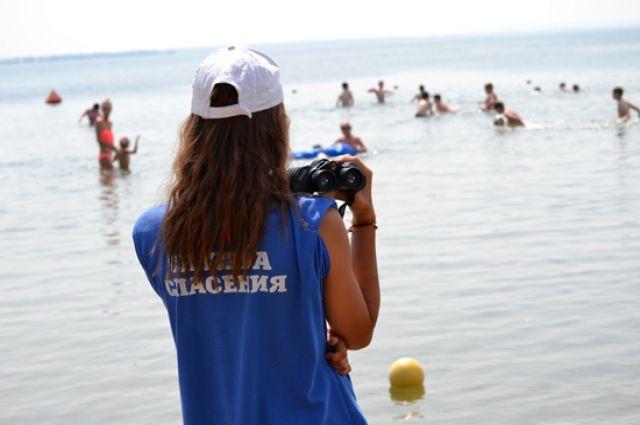 Заодин день напляжах Новосибирска пострадали трое молодых людей