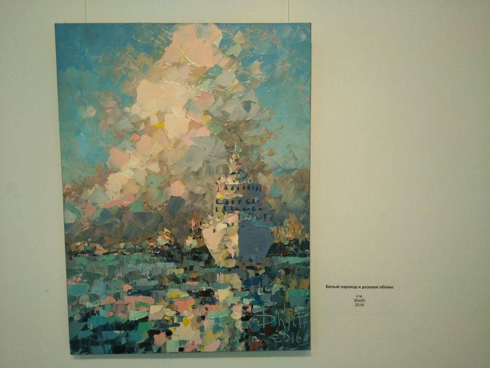 Имя Дмитрия Кустановича хорошо знакомо ценителям современной живописи как в России, так и за рубежом.