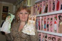 Эльвира Низамутдинова не расстается с куклами с детства.