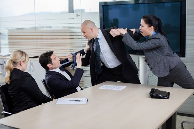 Конфликтная ситуация грозящая увольнением