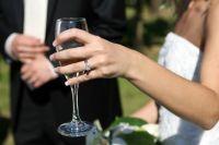 Оформлять законный брак тюменцы стали чаще