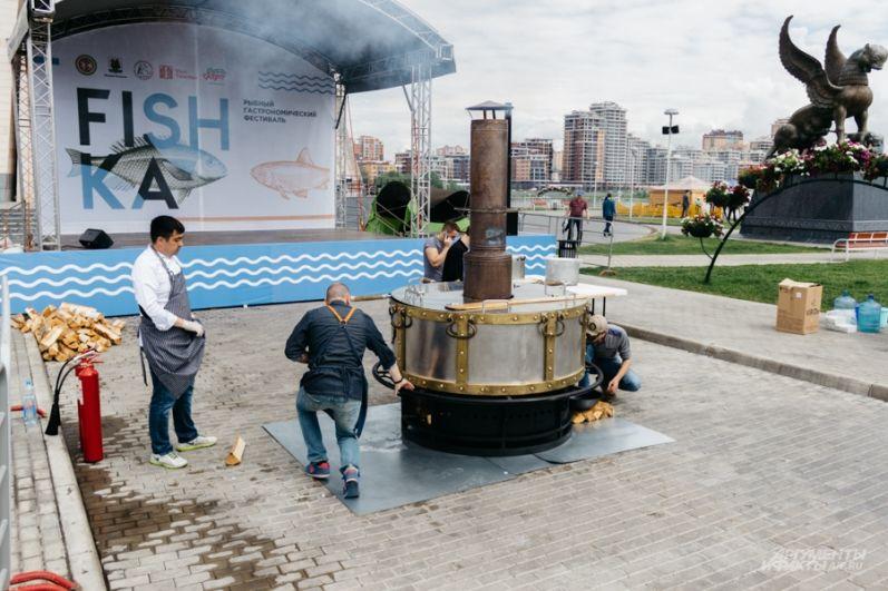 Тот самый казан на 1200 литров, в котором варили Большую казанскую уху