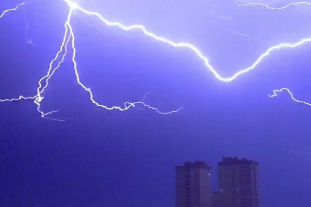 Как это было: эпический шторм в Тюмени 17 и 18 июня глазами очевидцев