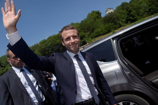 Партия Макрона одержала победу навыборах воФранции