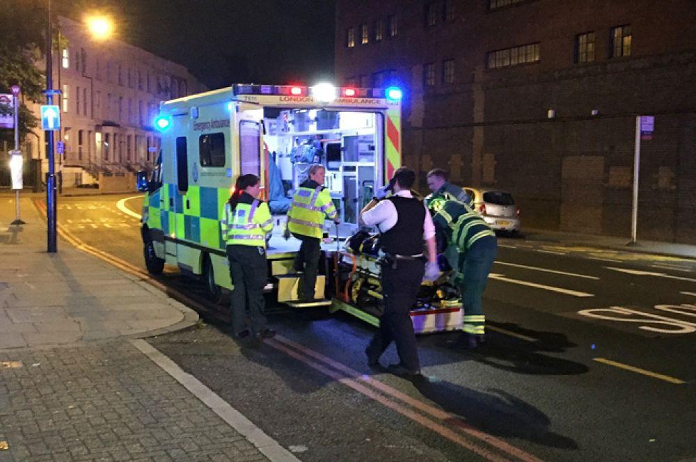 Посетители мечети в Лондоне оказались среди пострадавших в результате наезда.