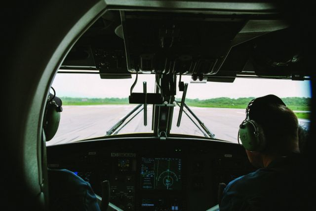 ВСибири приземлился 1-ый  самолет экспериментального рейса «Томск-Новосибирск-Белокуриха»