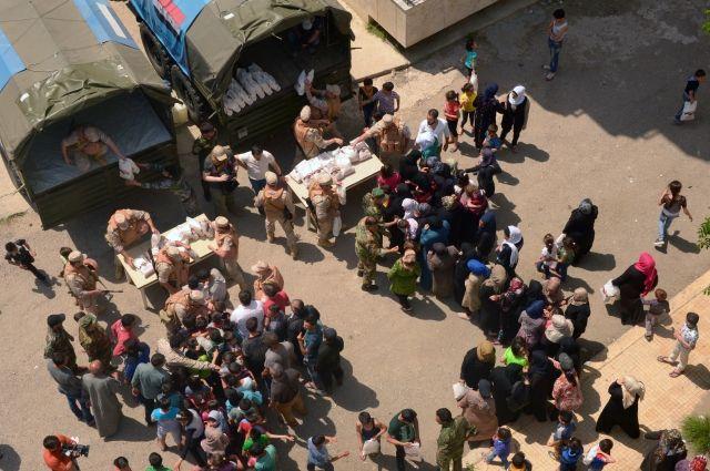 Россия доставила в сирийский Хомс продукты и медикаменты
