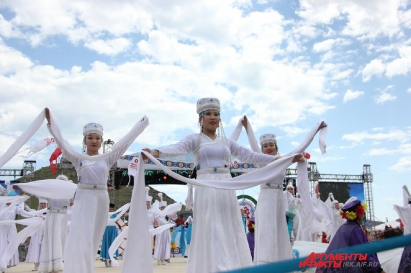 В открытии Ёрдынских игр участвовали более 350 танцоров из разных творческих коллективов области.
