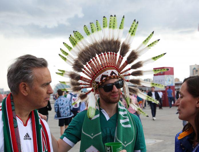 Поболеть за любимую команду приехало немало мексиканских болельщиков.