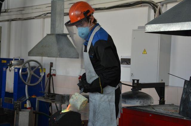 Петербургская промышленность ускорила рост на2,7% ссамого начала года
