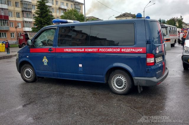 На Ямале следователи заинтересовались фактом провала грунта в Ноябрьска