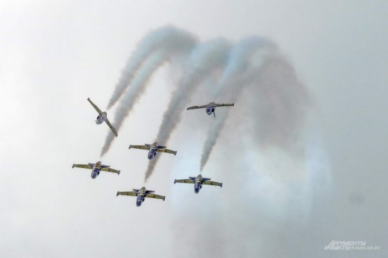 Фигуры высшего группового пилотажа.