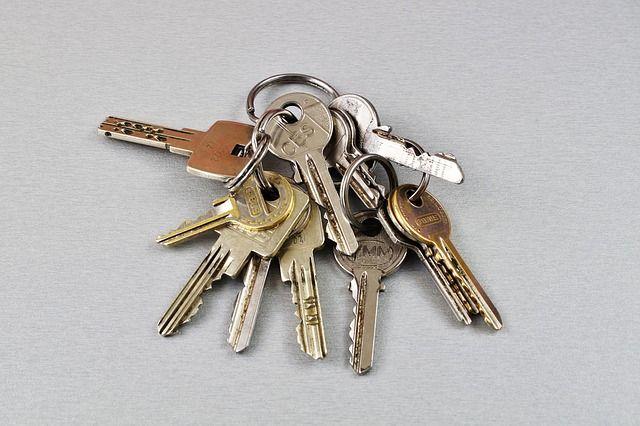 Прокопчанин сдавал в аренду несуществующие квартиры.
