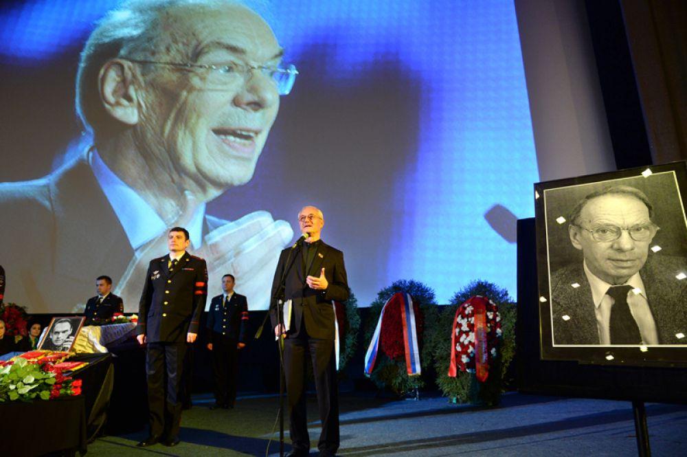 Председатель комиссии по культуре при Мосгордуме, актёр, режиссёр Евгений Герасимов.