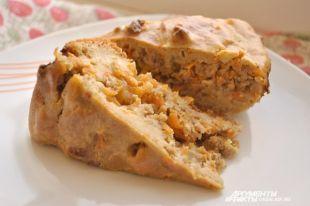 Готовим быстрый и вкусный мясной пирог.