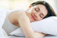 Ученые определили нужное количество сна для счастья