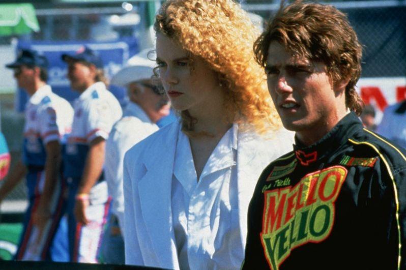После успеха «Мёртвого штиля» Николь Кидман совершила дебют в американском кино. Она была приглашена в Голливуд, где получила роль в фильме «Дни грома» (1990). Ей досталась роль молодой девушки-врача Клэр Левицки, влюбившейся в автогонщинка NASCAR в исполнении Тома Круза. Картина стала одной из самых кассовых лент того года.