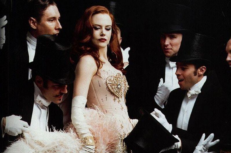 В 2001 году на экраны вышел ожидаемый фильм-мюзикл австралийского режиссёра База Лурмана «Мулен Руж!». Кидман сыграла куртизанку по имени Сатин и была номинирована на премию «Оскар».