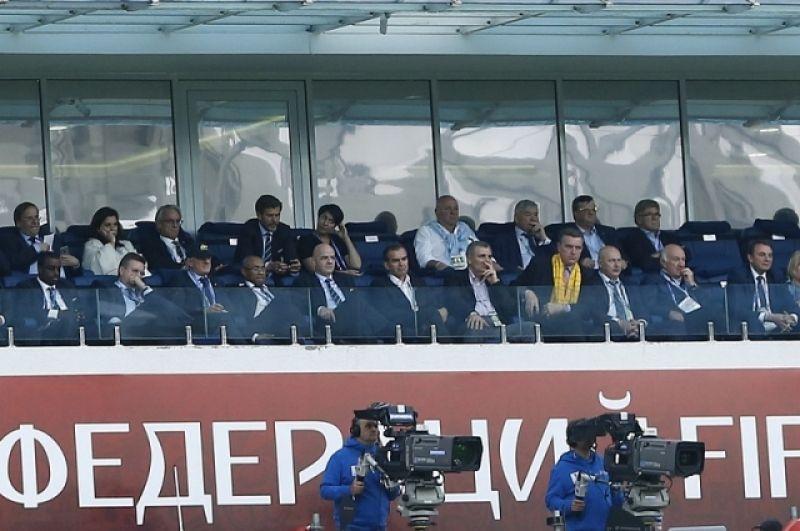 Трибуна для официальных лиц, отсюда за матчем наблюдал губернатор Кубани Вениамин Кондратьев.