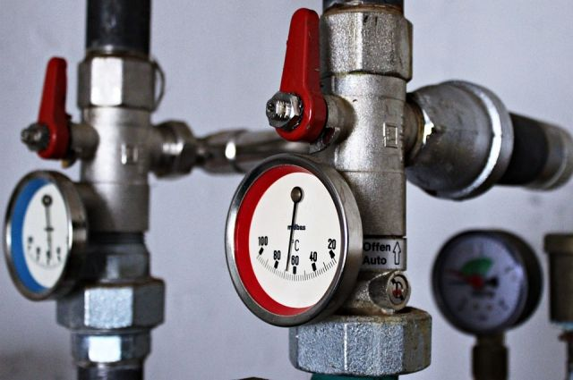 Ужильцов дома вНазарово включились батареи вразгар жары