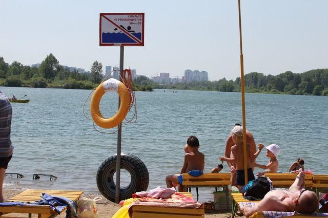 Спасатели и полиция ежедневно патрулируют кемеровские водоемы.