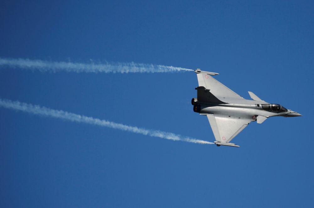 Французский многоцелевой истребитель четвёртого поколения Rafale F3, разработанный французской компанией «Dassault Aviation».
