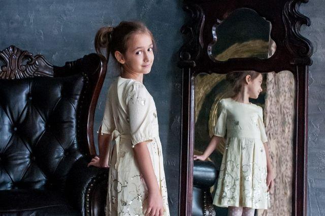 В кризис многим пришлось вспомнить, что они умеют шить. А местные фабрики нижегородцам одеваться не помогают.