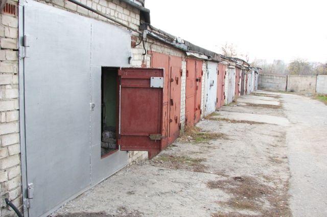 Николая Зайцева заинтересовали 20 гаражных боксов по Проспекту Победы.